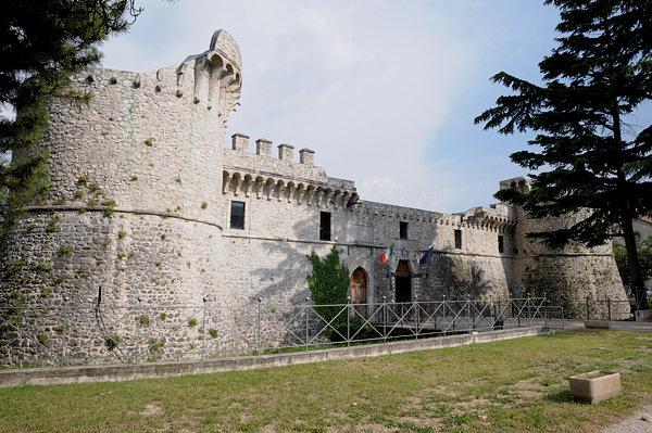 Castello Orsini-Colonna
